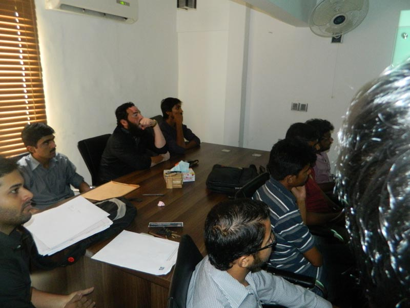 Faraz Khan, CEO SEED speaking on entrepreneurship vs employment at SEED Incubation Centre